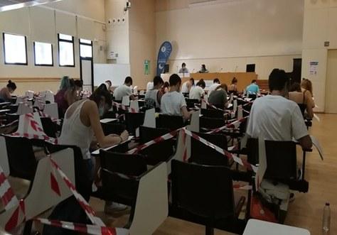 Les aules de l'EPSEVG van acollir la setmana passada les Proves d'Accés a la Universitat (PAU) amb bones mesures de seguretat sanitària